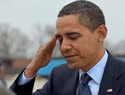 obama salutiert