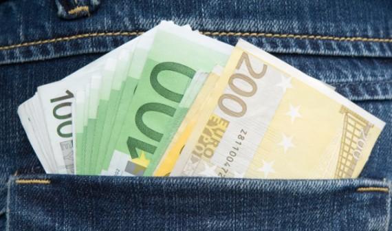 tasche_voller_geld