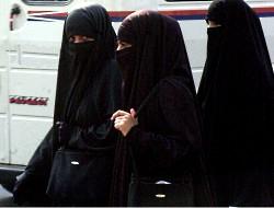 veiled_women_van
