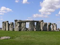 stonehenge_250