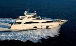 yacht_open_water