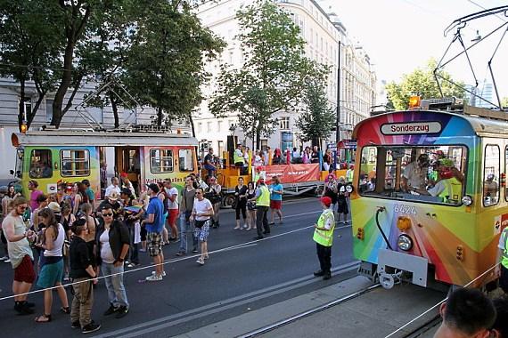regenbogenparade wien 2012