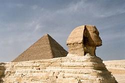 pyramid khofu sphinx