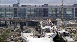 256px-Baustelle Flughafen Berlin Brandenburg 2010